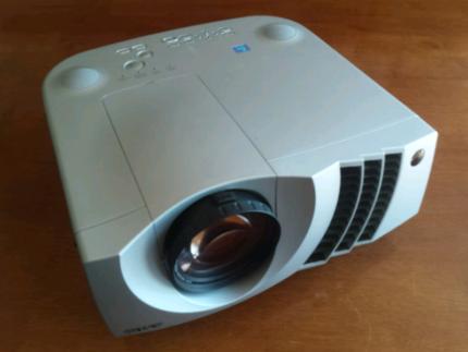 3 x Multimedia/Data projector home theatre.