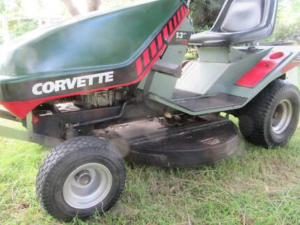 ride on mover Victa Corvette New tyres low hrs
