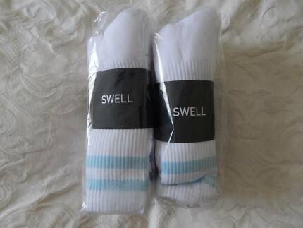 Swell mens socks, size 7-11, 2 pack (10 pairs), new in packets
