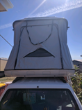 James Baroud Discovery hard roof top tent