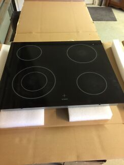 Cooktop and oven ex-reno