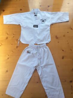 Flanagan and Chugg taekwondo kit size 000