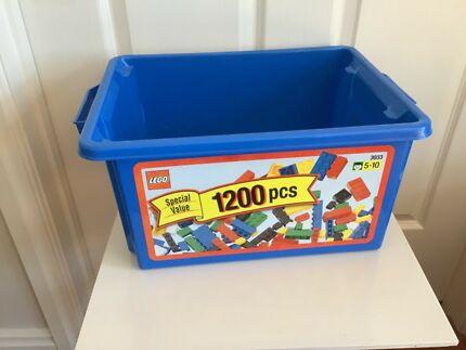 LARGE LEGO TUB no lid