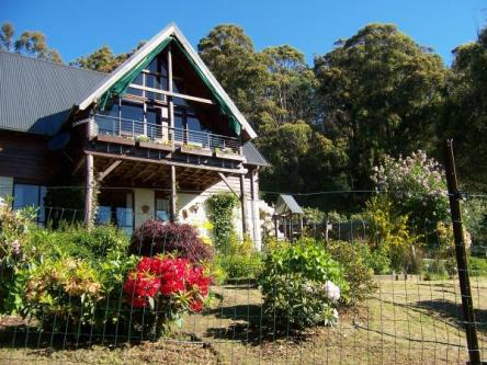 4 BR, 140000 m² – Country House for Sale in Launceston, Tasmania, Ref# 2474005