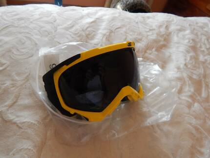 Arnette ski/snowboard goggles, brand new with tags